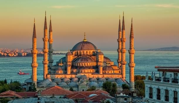 Travel to Istanbul with American Airlines and Oneworld Alliance
