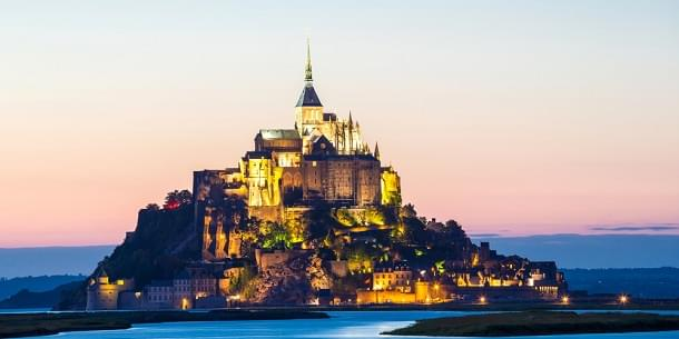 Visit a beautiful island Mont Saint Michel in France