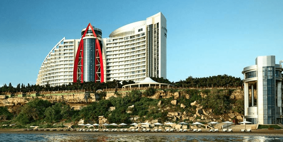 The Bilgah Beach Hotel is one of the Jumeirah locations offering triple Qantas points
