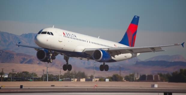 Delta_Boeing 777_200LR